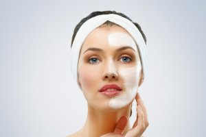 Masque facial anti-âge